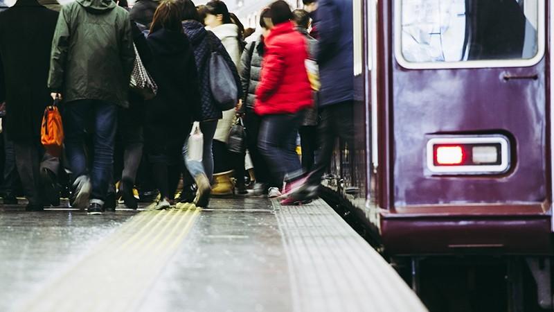 東京生活で満員電車の付き合い方